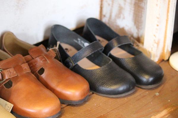 秋の季節に♪レザー靴